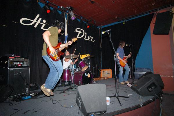 images/Band_HighDive.jpg